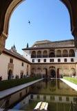 科马雷斯的宫殿在阿尔罕布拉宫 格拉纳达西班牙 库存图片