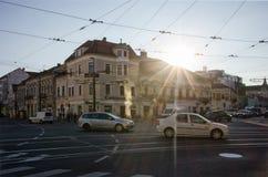 科鲁,罗马尼亚- 2016年10月28日:科鲁的繁忙的市中心, 免版税库存图片