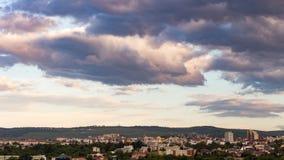 科鲁Napoca市如被看见从Cetatuia小山近  库存图片