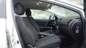 科鲁Napoca/罗马尼亚- 2017年5月09日:丰田Avensis-年2010年,充分的选择设备,照相讲席会,乘客座位 免版税库存照片