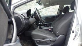 科鲁Napoca/罗马尼亚- 2017年5月09日:丰田Avensis-年2010年,充分的选择设备,照相讲席会,驾驶席 免版税库存图片