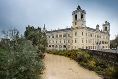 科洛尔诺,意大利- 2016年11月06日-科洛尔诺王宫  库存照片