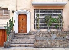 秘鲁房子入口 免版税库存照片