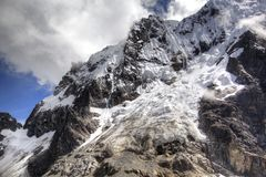 秘鲁的Salkantay山 免版税库存照片