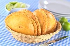 秘鲁Empanada肉被填装的酥皮点心 免版税库存照片