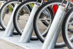 租用一辆自行车 免版税库存图片