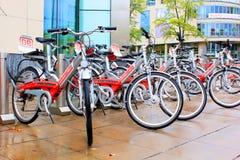 租的自行车在斯图加特 免版税库存图片