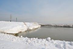 积雪的出口 库存照片