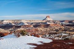 积雪的沙漠峡谷 库存图片