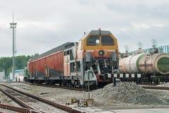 积雪的清除在集中处铁路的火车机车 免版税库存照片