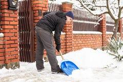 积雪的清除 免版税图库摄影