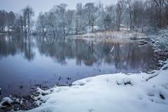 积雪的风景在沿卡托巴语的贝尔蒙特北卡罗来纳 库存照片
