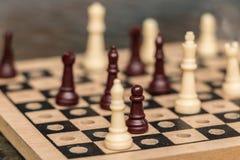 积累的微型棋用途存放 库存图片
