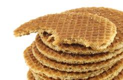 称stroopwafel的被堆积的荷兰奶蛋烘饼 库存照片