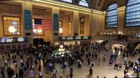 移动在盛大中部时间流逝的乘客 股票视频
