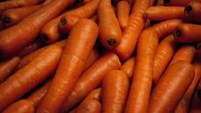 移动在被清洗的红萝卜艺术性的特写镜头 影视素材