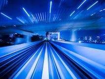 移动城市铁路隧道的行动迷离火车 图库摄影