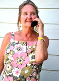 移动电话交谈 免版税库存图片