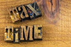 税时间活版标志财务 免版税图库摄影