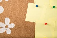 稠粘的笔记备忘录卡片在船上 免版税库存图片