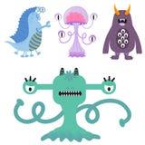 滑稽的动画片妖怪逗人喜爱的外籍人字符生物愉快的例证恶魔五颜六色的动物传染媒介 免版税库存照片