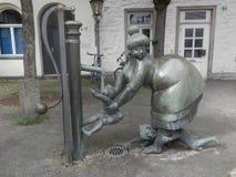 滑稽的妇女雕象,奥斯纳布吕克,德国 库存图片
