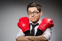 滑稽的拳击手商人 免版税库存图片