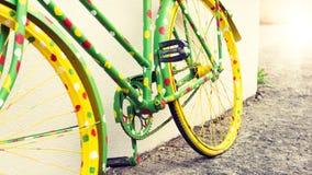 滑稽的葡萄酒自行车 免版税库存图片