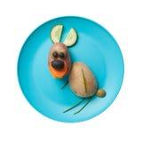 滑稽的野兔由菜做成 免版税图库摄影