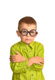 滑稽的玻璃的恼怒的小男孩 免版税库存照片