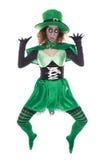 滑稽的绿色妖精,在白色,概念st Patrick图库摄影