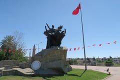 穆斯塔法凯末尔阿塔图尔克雕象在Antalyas Oldtown Kaleici,土耳其 免版税库存照片