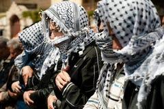 穆斯林巴勒斯坦人祈祷 库存图片