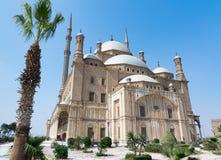 穆罕默德・阿里巴夏雪花石膏清真寺伟大的清真寺,位于在开罗城堡,埃及 免版税图库摄影