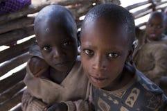 穷非洲的子项 免版税图库摄影