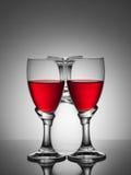 空两块玻璃的酒和一个 免版税库存照片