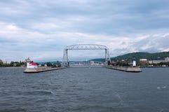 空中升降吊桥和德卢斯运河 库存照片