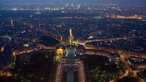空中夜观点的Musee National de la Marine在巴黎,法国 免版税库存图片