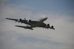 空中客车A380在ILA柏林的演示飞行 免版税库存图片