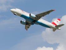 空中客车A-320-214奥地利航空 免版税图库摄影