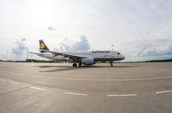 空中客车A320汉莎航空公司 俄国 圣彼德堡 2017年8月10日 免版税库存照片