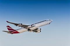 空中客车A340-300 -空气毛里求斯- 3B-NBO 库存照片