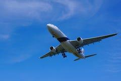 空中客车A330-323 (9M-MTD) 免版税图库摄影
