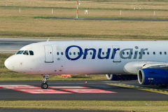 空中客车A321 OnurAir航空公司 库存图片