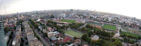 空中布加勒斯特全景 免版税库存照片