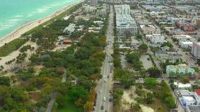 空中录影林斯大道迈阿密海滩 英尺长度射击了与在4k的一条寄生虫 股票视频