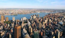 空中曼哈顿全景视图 免版税图库摄影
