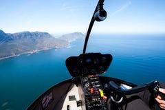 空中沿海直升机视图 免版税库存图片
