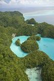空中海岛盐水湖被射击的热带 免版税库存图片