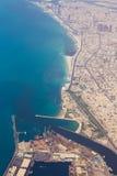 空中海岸线迪拜视图 免版税库存图片